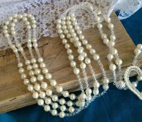 Cream Color Pears Wedding Lasso