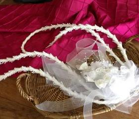 White wedding lasso, Traditional wedding lasso